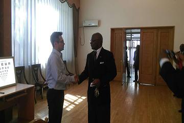 카메룬 대사관 안과검진